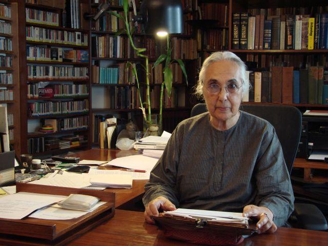 Historian-Romila-Thapar.jpg