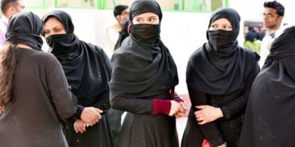 Muslim-women-in-India-Indian-Muslim-Women-burqa-niqab-hijab
