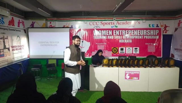 Huzaifa Arshad of Career Designer 360 during training at Women Entrepreneurship Training and Skill Development Programme in Kolkata